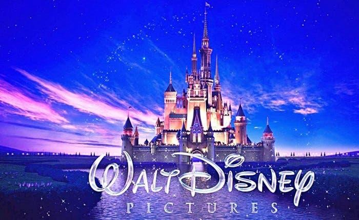 Inversionistas hablan de las ventajas de una posible compra de Disney por parte de Apple