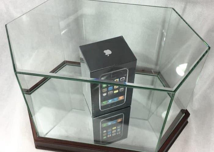 Piden hasta 20 mil dolares por un iPhone de primera generación