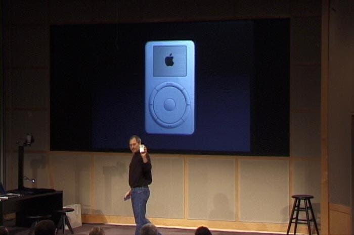 Presentación del iPod en 2001