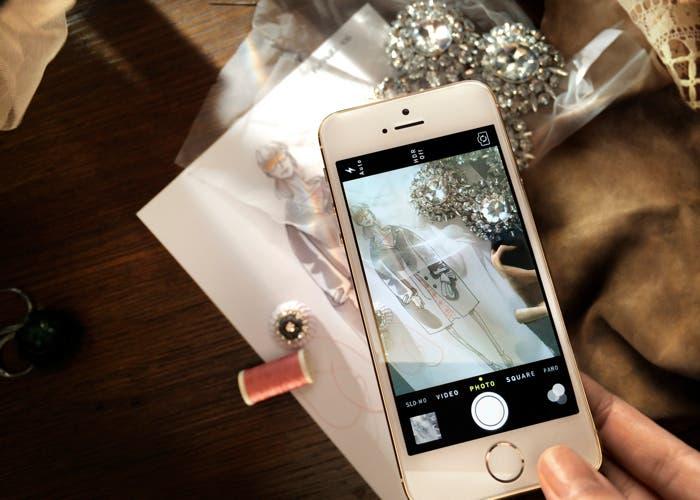 Burberry utilizando el iPhone 5s